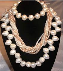pearl necklace stores images Buying pearls and jewelry in beijing best shopping markets to buy gif