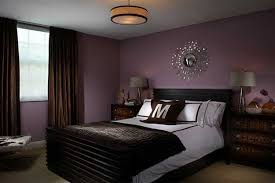 Black And White Bedroom Lamps Minimalist Dark Brown Color Matched Plain White Bed Cover Black
