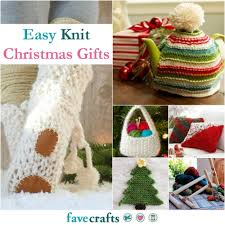 knit christmas 36 easy knit christmas gifts favecrafts