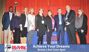 becoming a realtor achieve your dreams become a real estate agent mark kale