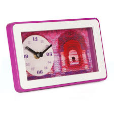 buy creative wall clocks online in india