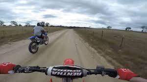 motocross drag racing 125 2 stroke vs 250 4 stroke drag race which one is faster youtube