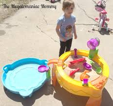 little tikes sand and water table hunting for buried treasure with little tikes the megalomaniac mommy