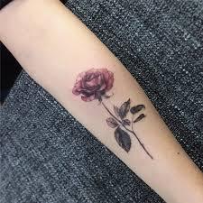 de tatuajes de rosas 147 tatuajes de flores diseños inspiradores