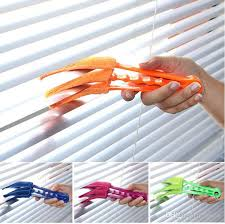 Window Blind Duster Microfiber Duster Blinds Shutters Shades Louvers Cleaner Air