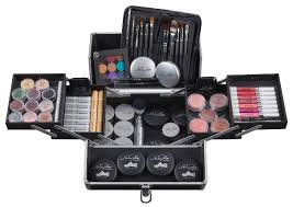 Satu Set Alat Make Up Wardah ingin jadi make up artist profesional siapkan dulu 13 alat make up