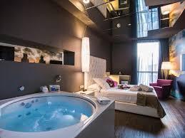 chambre jaccuzzi suite hotel sb plaza europa l hospitalet de llobregat