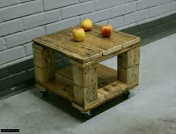 Coffee Tables With Wheels Diy Pallet Mini Coffee Table With Wheels 99 Pallets