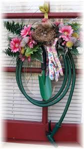 Spring Wreath Ideas Best 25 Garden Hose Wreath Ideas On Pinterest Spring Door