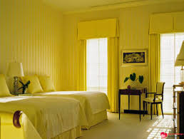 Bedroom Decorating Ideas Yellow Wall Celebrity Homes 5 Stunning Yellow Bedroom Decorating Ideas