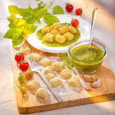 recette cuisine companion recette italienne gnocchis maison et pesto companion moulinex