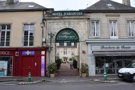 chambres d hotes bayeux view of the hotel photo de hotel d argouges bayeux