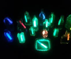 glow sticks water lanterns 8 steps