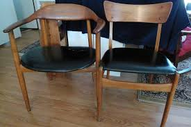 Craigslist Dining Room Table And Chairs by The Big Score Hunting For Treasures On Craigslist U2014 Revitaliste