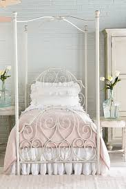 bedroom magnolia home