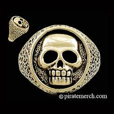 gold skull rings images The pirate 39 s skull ring in gold jpg