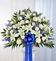funeral arrangement funeral flowers funeral flower arrangements 1800flowers