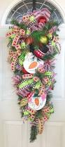 487 best she u0027s crafty too wreaths and home decor images on