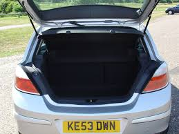 opel insignia trunk space vauxhall astra hatchback 2004 2010 features equipment and
