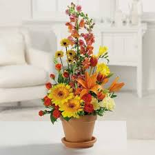 fall table arrangements simple fall flower arrangements make gorgeous party table centerpieces