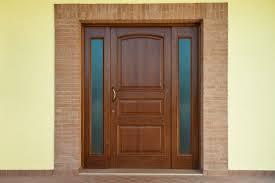 porte ingresso in legno bartolacci infissi portoni in legno massello