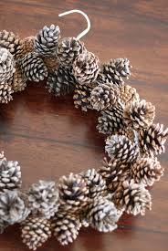 12 diy pine cone crafts to decorate your home diy