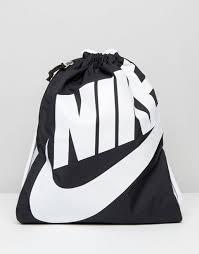 taschen designen nike klassischer rucksack mit kordelzug in schwarz ba5351 011