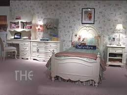 jessica bedroom set carved bedroom set with panel bed from jessica mcclintock the