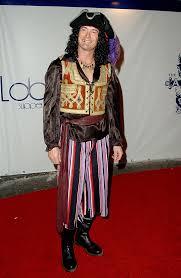 Dapper Halloween Costumes U0027s Heidi Klum U0027s Famous Halloween Party Looked 10