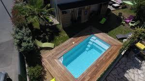 piscine petite taille piscine coque polyester à fond plat moins de 10m2 modèle starlite