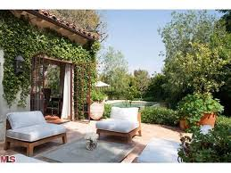 Brentwood Patio Furniture Trisha Troutz Spanish Style In Brentwood Everything Outdoors
