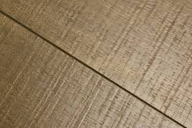 Laminate Flooring Vs Wood Flooring Laminate Flooring Vs Hardwood The Choice Is Yours