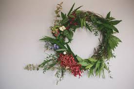 10 floral christmas wreaths to get you feeling festive tesselaar