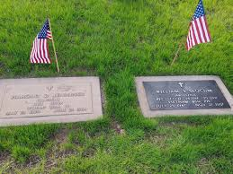 Grave Marker Flags Phoenix Man Thanks Veterans By Restoring Bronze Grave Markers Kjzz