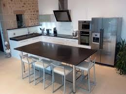 cuisine table cuisine ouverte haute de gamme plan travail et ilot central en