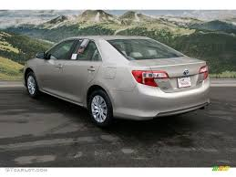 2013 toyota camry hybrid le 2013 chagne mica toyota camry hybrid le 76388881 photo 2