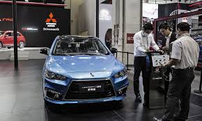 mitsubishi lancer mitsubishi to drop lancer under crossover push