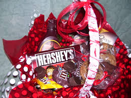 Valentines Day Gift Baskets Valentine U0027s Day Gifts For Everyone Celebrate The Day With