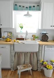 Best Farmhouse And Cottage Kitchens Images On Pinterest Home - Old farmhouse kitchen cabinets