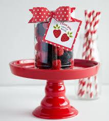 Valentine Gifts Ideas   sweet valentine gift ideas eighteen25