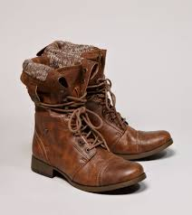 s boots combat these are the combat boots i wanted but they don t them in