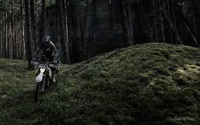 motorcycle enduro adventurer the rolling hobo motorcycle diaries
