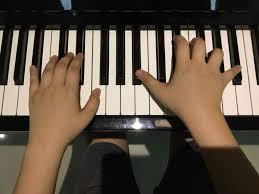 si e piano ᏌnᎠᎬᎡᎢᎪᏞᎬ easy piano tutorial undertale amino