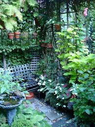 Pinterest Small Garden Ideas by Small Garden New York Style They Know How To Do Small Well