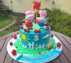 peppa pig cakes how to make peppa pig george and mr dinosaur figurines out of fondant