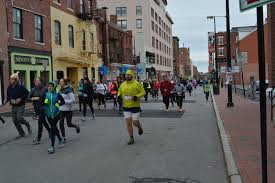 thanksgiving day 10k 2016 portland thanksgiving day 4 miler maine running photos