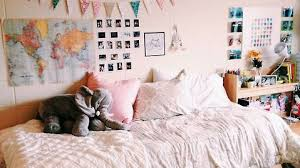 The Fashion Beat Cool Stuff For Your Dorm Room Apartment by 25 Of The Most Well Designed Dorm Rooms Perfect For Decor