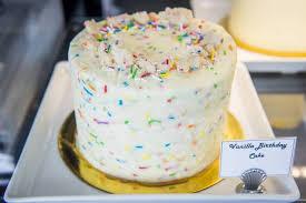 Kek Mango the best birthday cakes in toronto