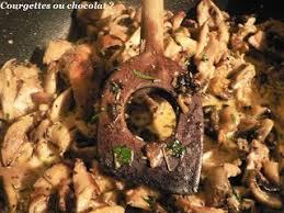 cuisiner des restes de poulet cuisiner un reste de poulet avec des tomates gratinées au pesto