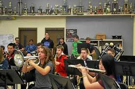 troy athens band prepares to march in detroit thanksgiving day parade